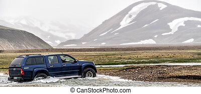 voyage, voiture, 4wd, landmannalaugar, route, fermé, islande