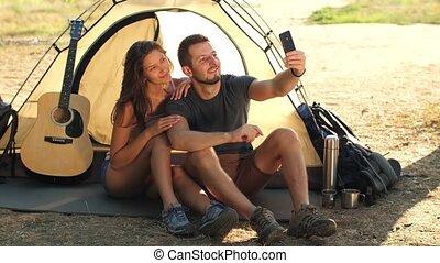 voyageurs, couple, selfie, confection
