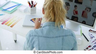 vue, arrière, concepteur, concentrer