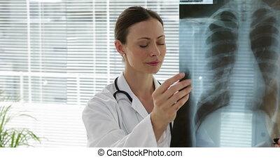 xray, examiner, poitrine, docteur